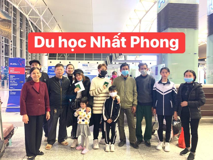 Chungwoon THUY QUYNH THU TRANG
